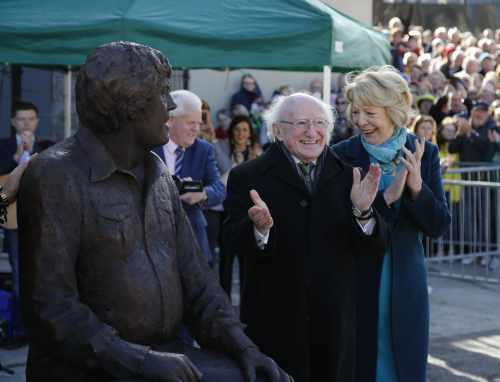 President Unveils Statue To Commemorate The Life And Work Of Big Tom Mc Bride