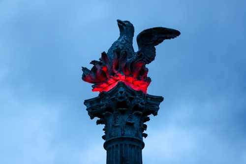 "Sabina I Láthair Ag Searmanas I Dtaca Le ""lighting Up The Phoenix Column"""