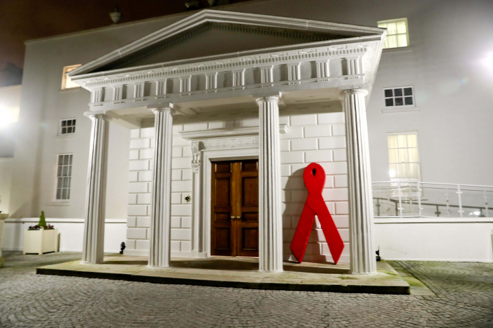 President hosts a reception on World Aids Day