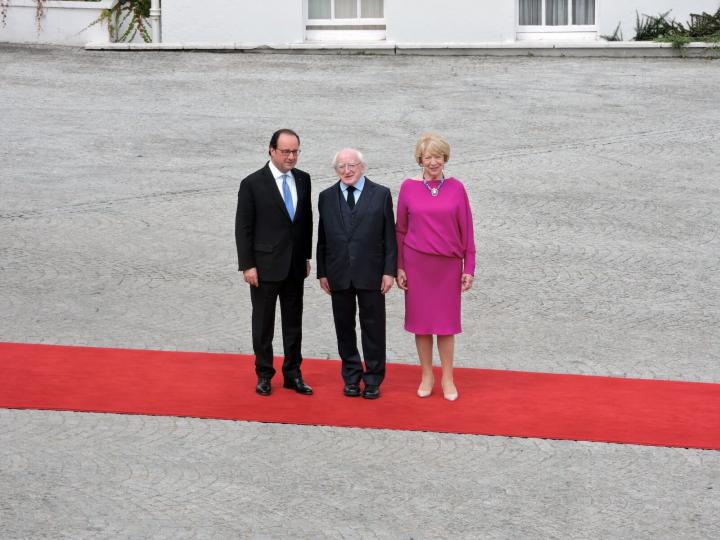 Francois Illas New Tradition: President Receives H.e. Francois Hollande